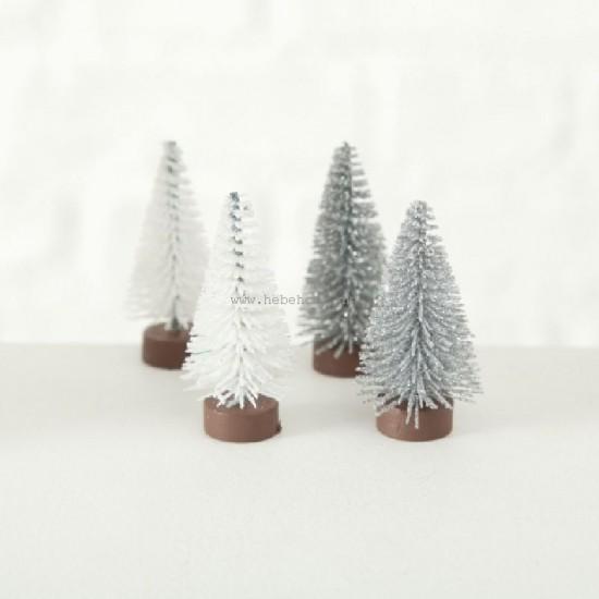 Frosted silver Juletræ til julelandsbyen