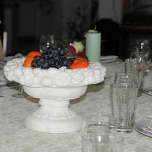 Marmor Krukke med frugter i kanten H: 20 cm