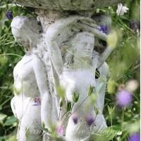 Frostsikker Marmor blomster krukke - opsats med figurer H: 87 cm