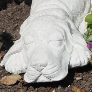Marmor - Sovende Hund