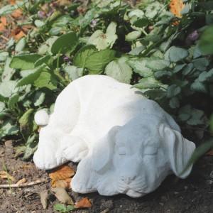 Marmor - Liggende Hund
