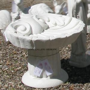Fuglebad i marmor formet som musling Ø: 50 cm