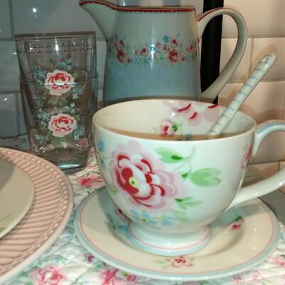 Greengate tallerkener, latte kopper og service